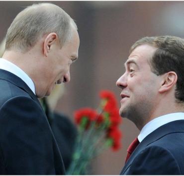 Путин нанес очередной удар по Медведеву: «Медведевских никаких нацпроектов не было»