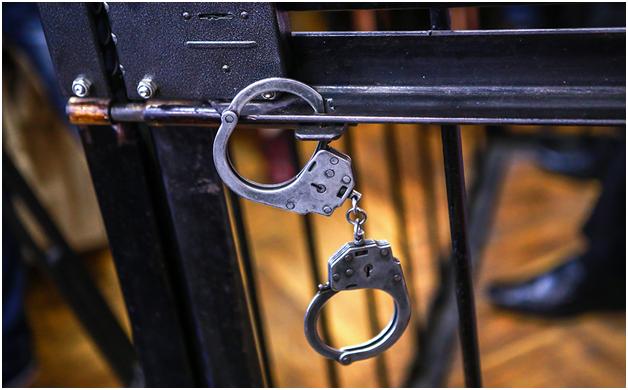 В Москве на миллионной взятке попался прокурорский помощник