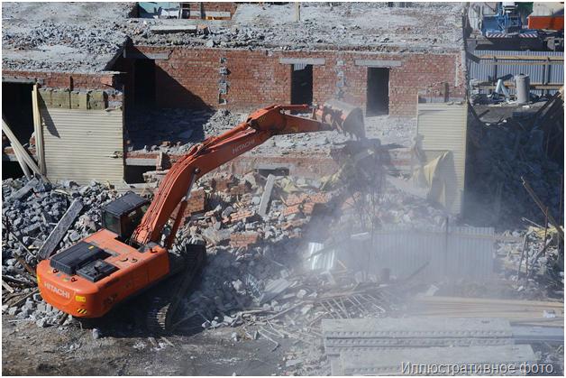 Складские самовольные пристройки снесли на Красноказарменной улице
