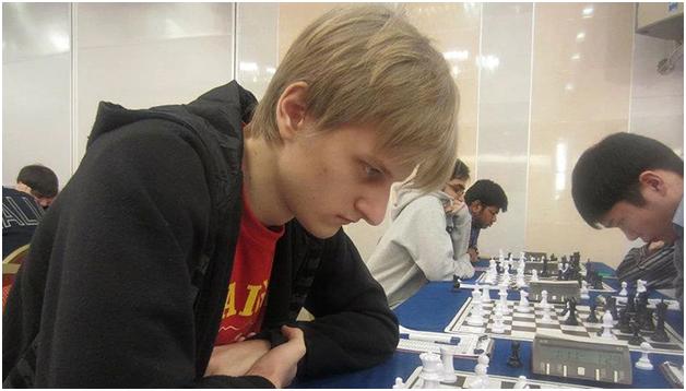 В Москве от веселящего газа погибли два профессиональных шахматиста – он и она