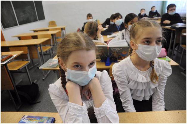 Коронавирус: в России удлинили весенние каникулы