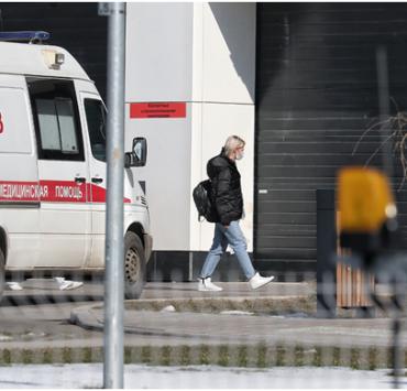 В России число инфицированных коронавирусом за сутки перевалило за шесть тысяч человек