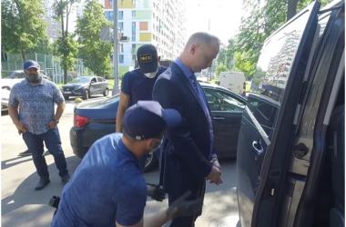Рогозин приголубил шпиона, скрывавшегося под журналистской личиной