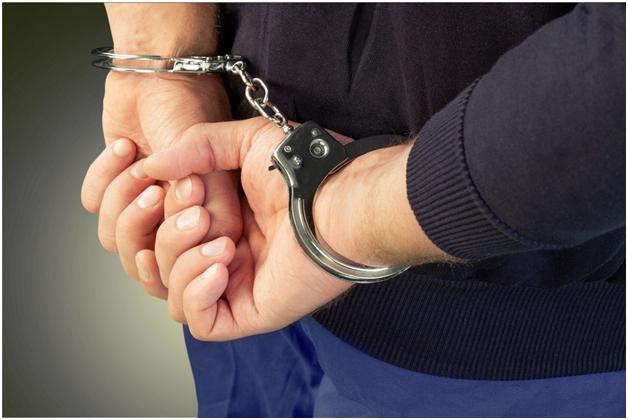 Москвич убил спящую жену, расчленил и держал неделю тело в квартире на глазах 6-летнего сына