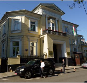 Таджик избил сотрудников посольства своей страны в Москве