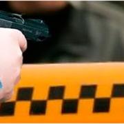Москва: жизнь продавщицы спас кулон, таксист прострелил ухо скандальному пассажиру